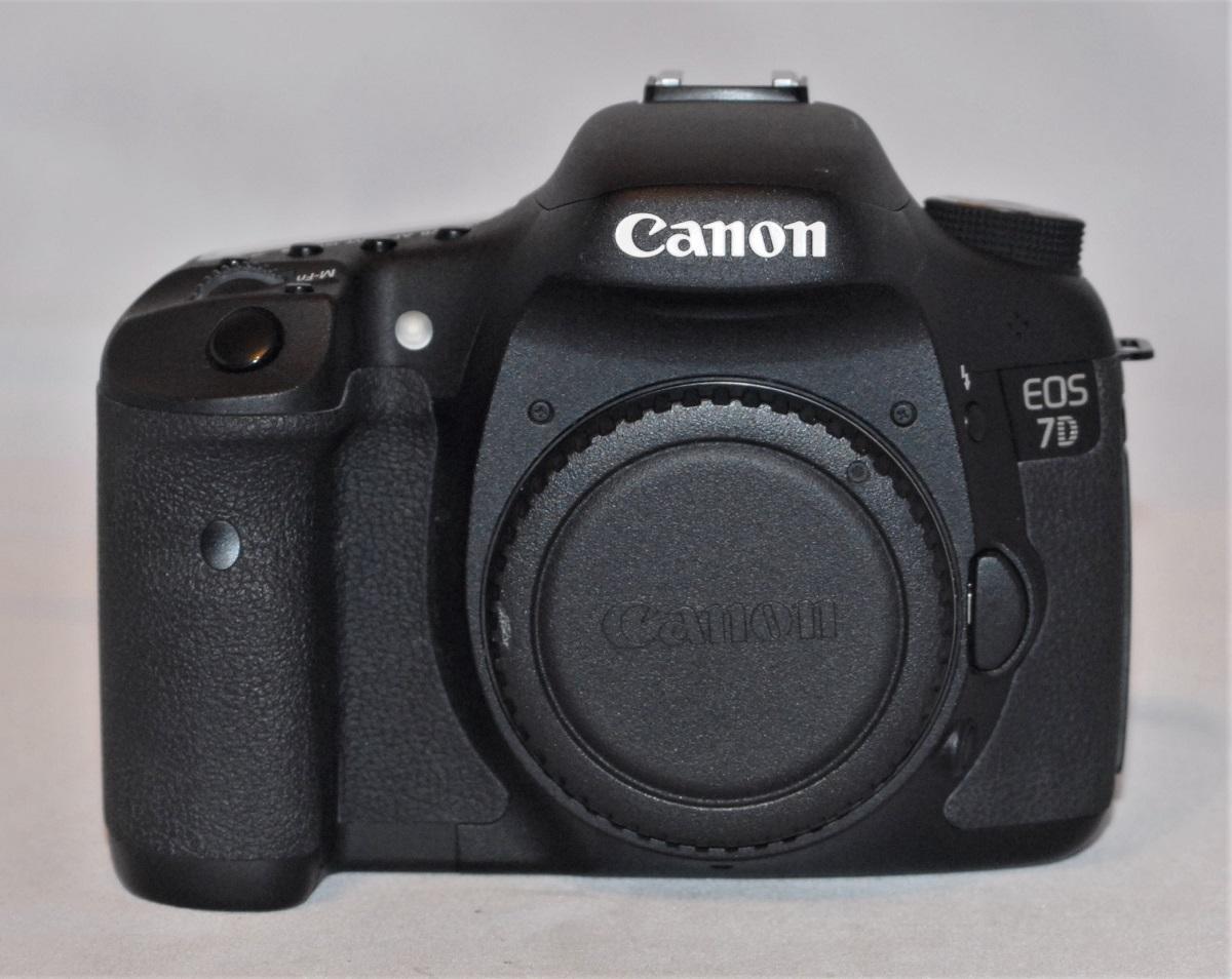 Canon EOS 7D. Excellent.(SOLD)