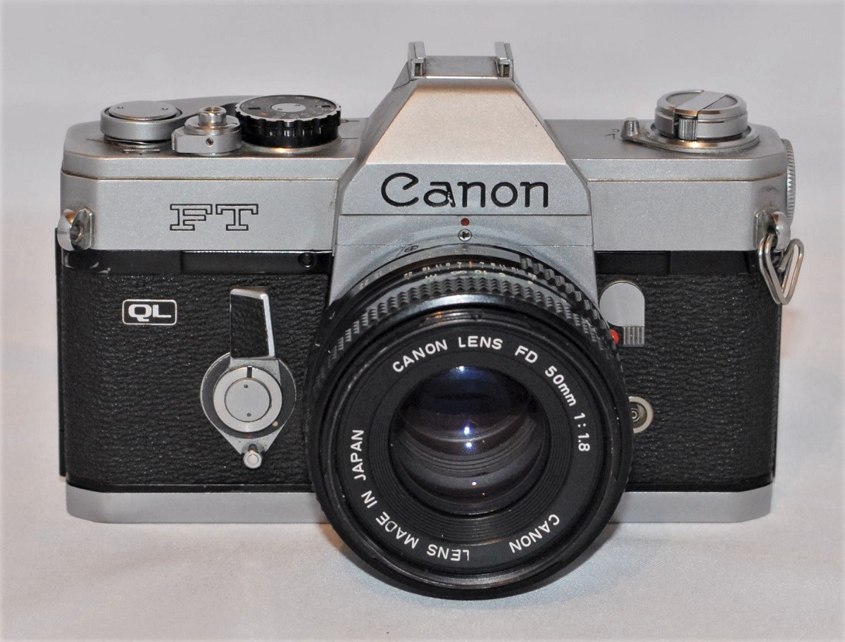 Canon FT QL + 50mm f1.8 lens
