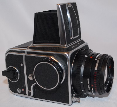 Hasselblad 500CM with 80mm f2.8 planar T*lens and A12 back (NEAR MINT)