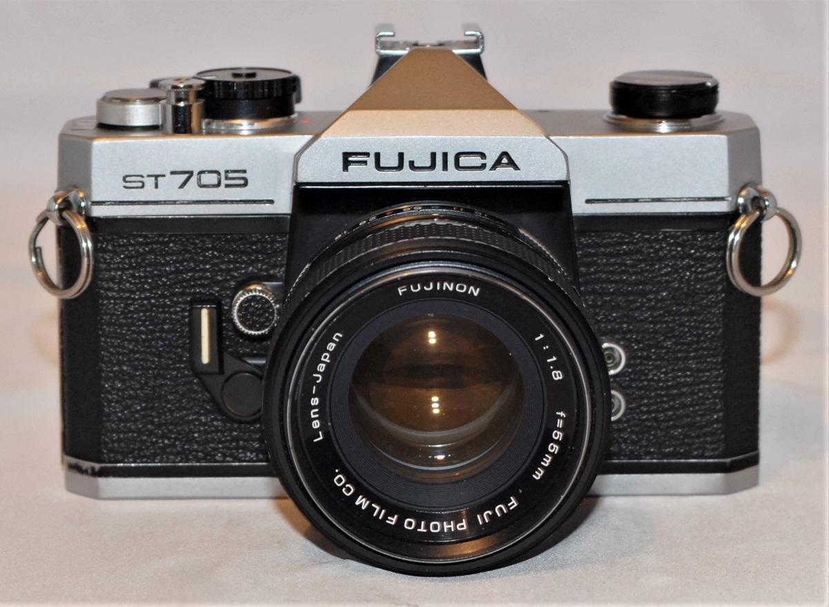 Fujica ST705 + Fujinon 55 f1.8 lens (M42 mount). Excellent condition - SOLD