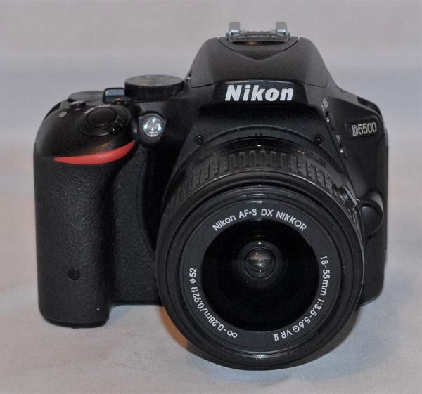 Nikon D5500 + Nikon AF-P 18-55mm f/3.5-5.6G DX VR. Near mint condition. SOLD
