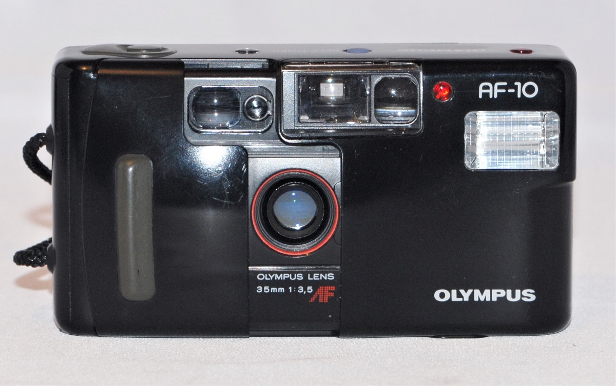 Olympus AF-10. Excellent condition. SOLD