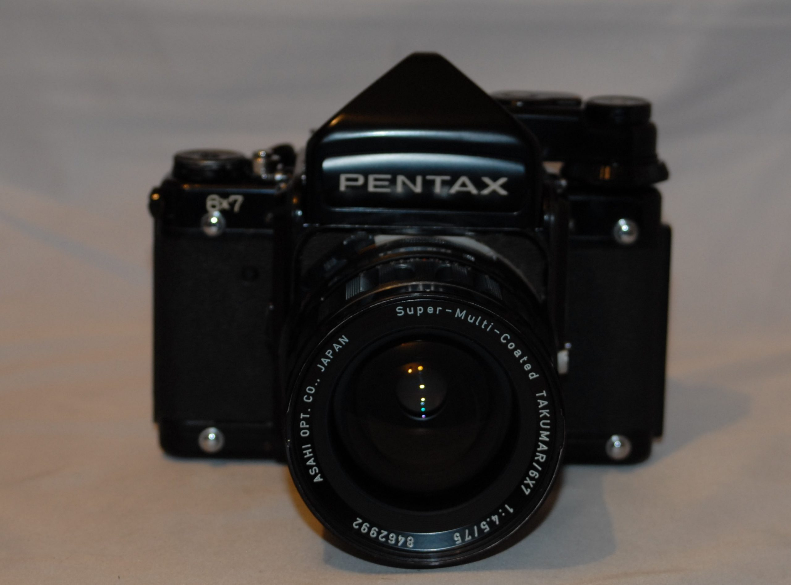 Pentax 6x7 with 75mm f4.5 and a metre head