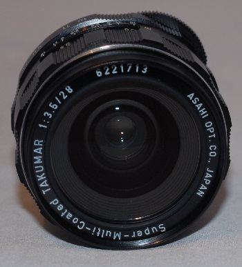 Pentax 28mm f3.5 screw fit lens (mint condition) with case