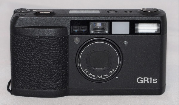 Ricoh GR1s + case (excellent condition. LCD not working). SOLD