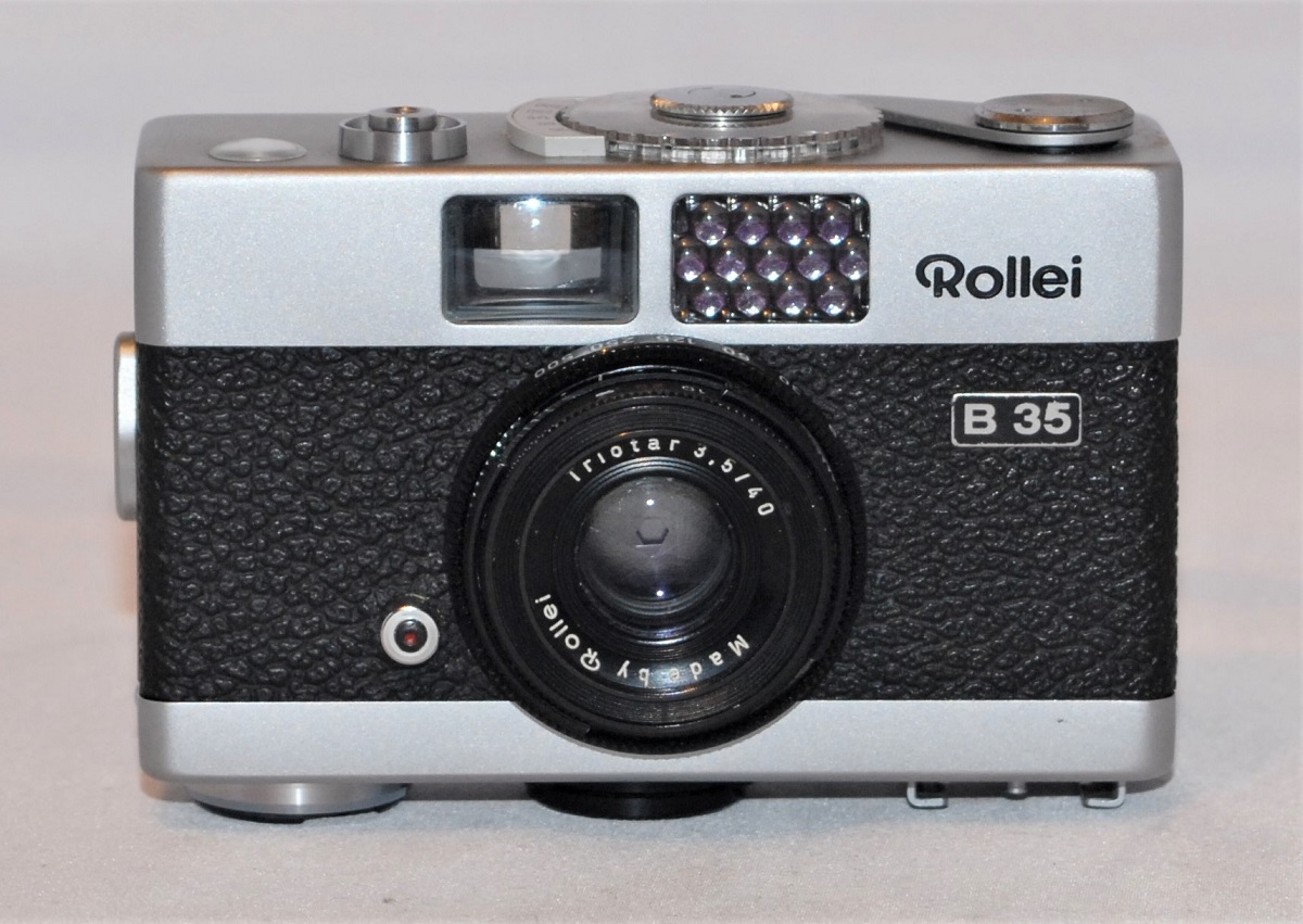 Rollei B35 (40mm f3.5 Triotar lens) + case + strap. Excellent condition - SOLD