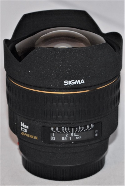 Sigma 14mm f2.8 EX (Sony/Minolta AF mount)